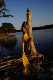 https://photos.modelmayhem.com/photos/130318/21/5147f09c5399a_m.jpg