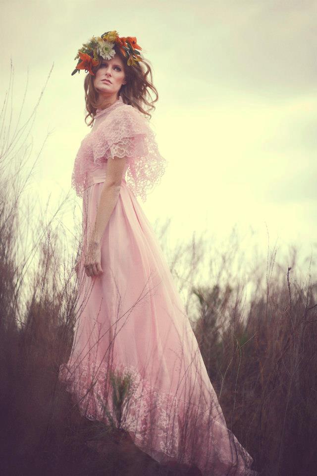 Female model photo shoot of ChelsLY
