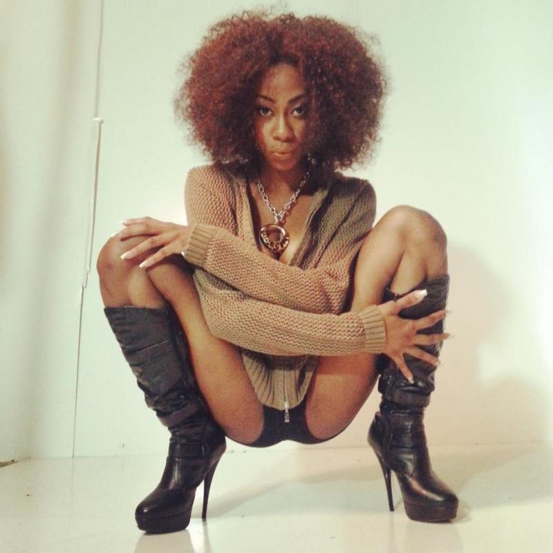 Female model photo shoot of Jay Davinci in Atlanta