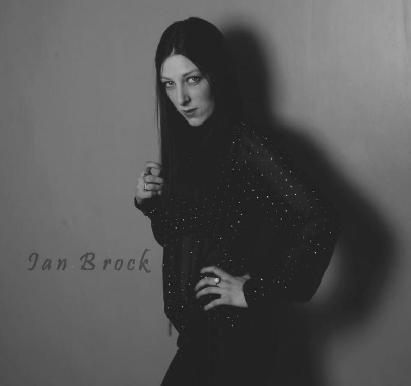 Female model photo shoot of Charlotte Chamberlain in Studio 1