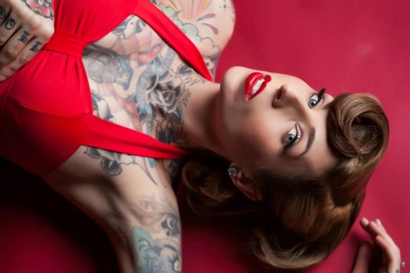Female model photo shoot of Tiffany Loveless in Rochester, NY