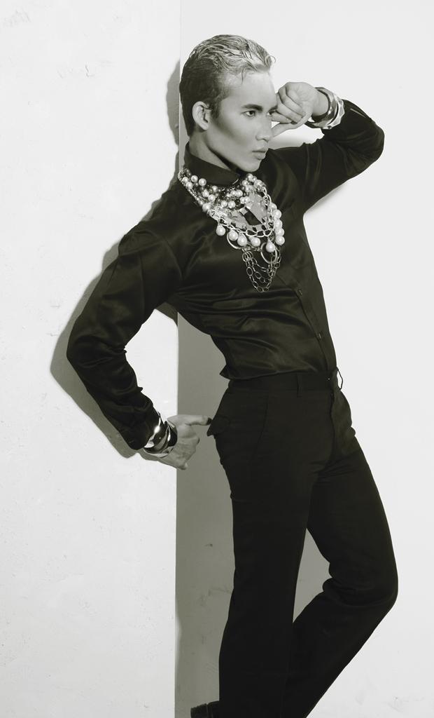 Male model photo shoot of Rico RYANO
