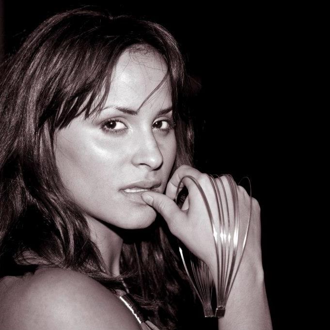 Female model photo shoot of Ta Love