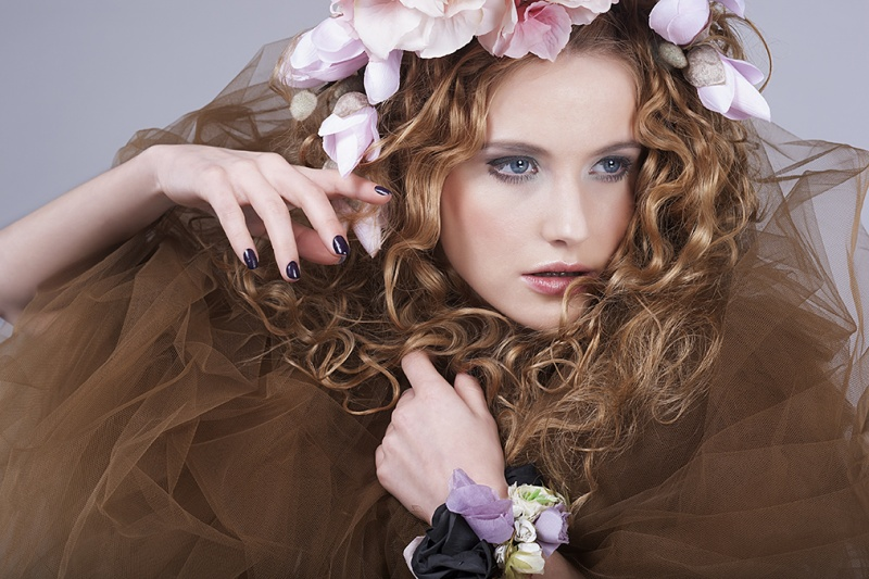 http://photos.modelmayhem.com/photos/130411/11/5166fdff5a921.jpg