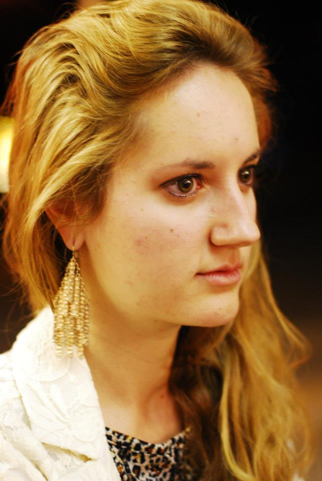 Female model photo shoot of kieryelis