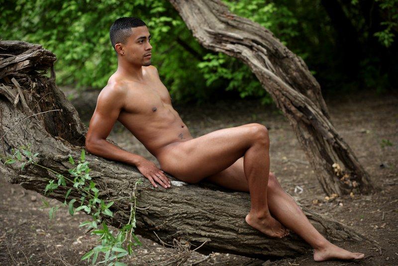 Male model photo shoot of Ricky Divoe