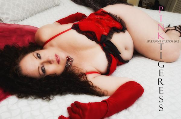 http://photos.modelmayhem.com/photos/130419/14/5171b5fd1b766.jpg