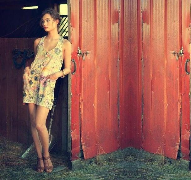 Female model photo shoot of laurelmeghan