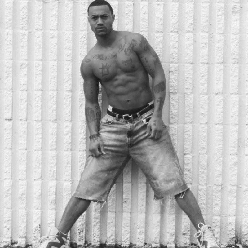 Male model photo shoot of Dwight Jones II in Downtown, Charlotte