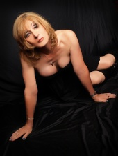 http://photos.modelmayhem.com/photos/130424/14/51784f0943643_m.jpg