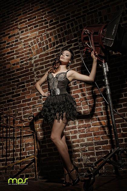 http://photos.modelmayhem.com/photos/130501/18/5181c4e663593.jpg