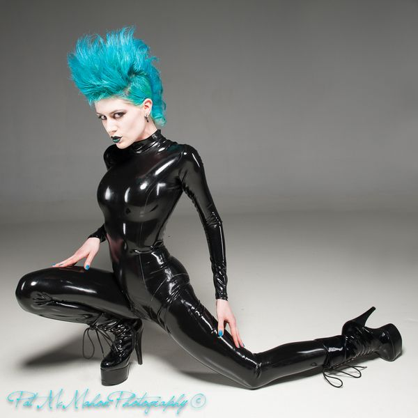 Union 206 Studio May 06, 2013 latex catsuit by SLYX! Fashions