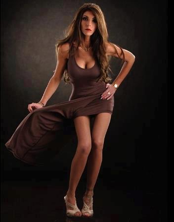 http://photos.modelmayhem.com/photos/130509/20/518c6918a3692.jpg