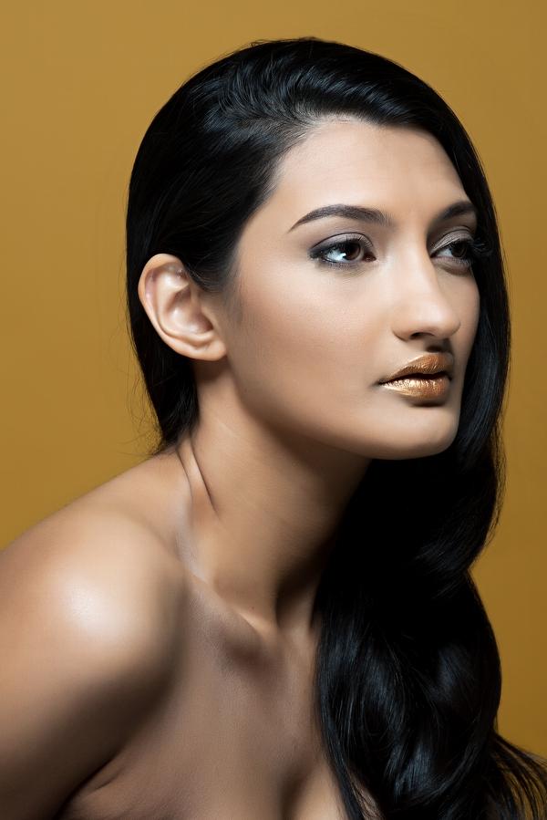 Female model photo shoot of Samiha