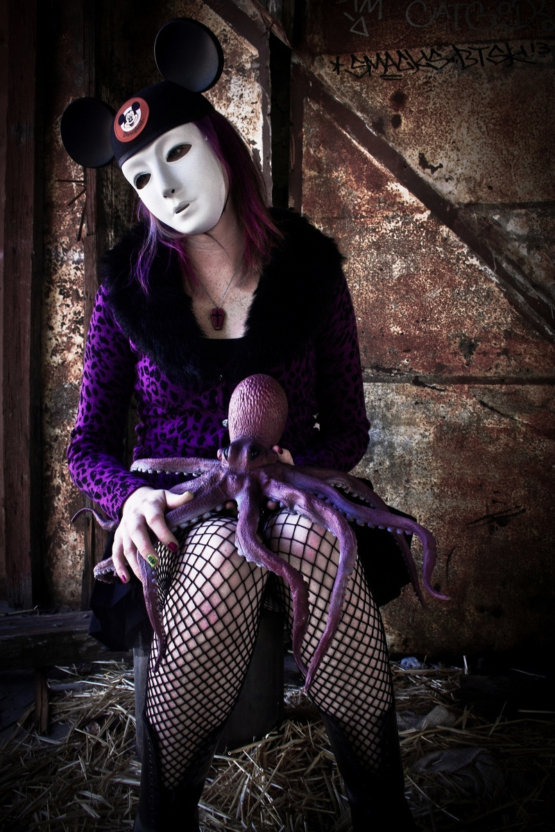 Female model photo shoot of Jenna Monnster by Creepcake in San Bernardino, CA