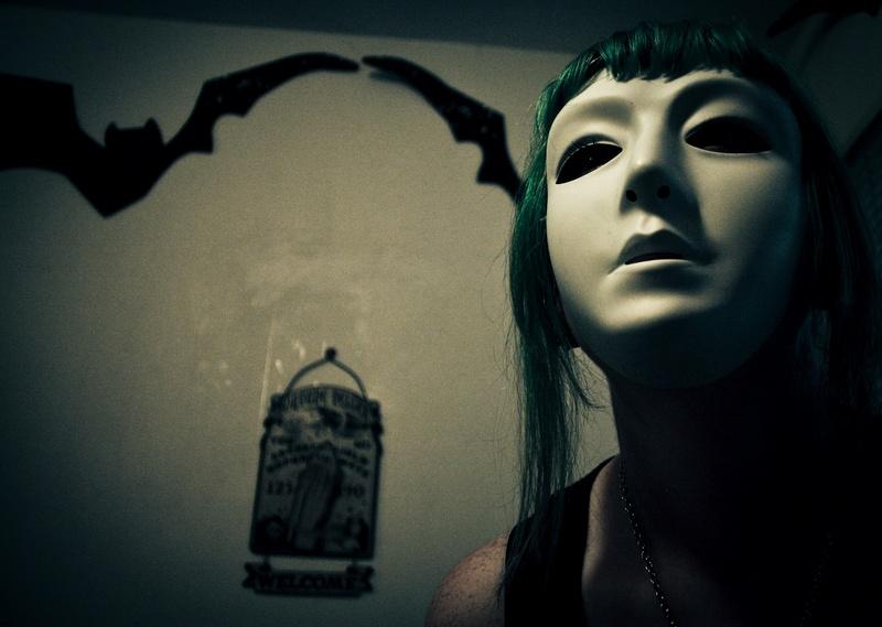 Female model photo shoot of Jenna Monnster by Creepcake