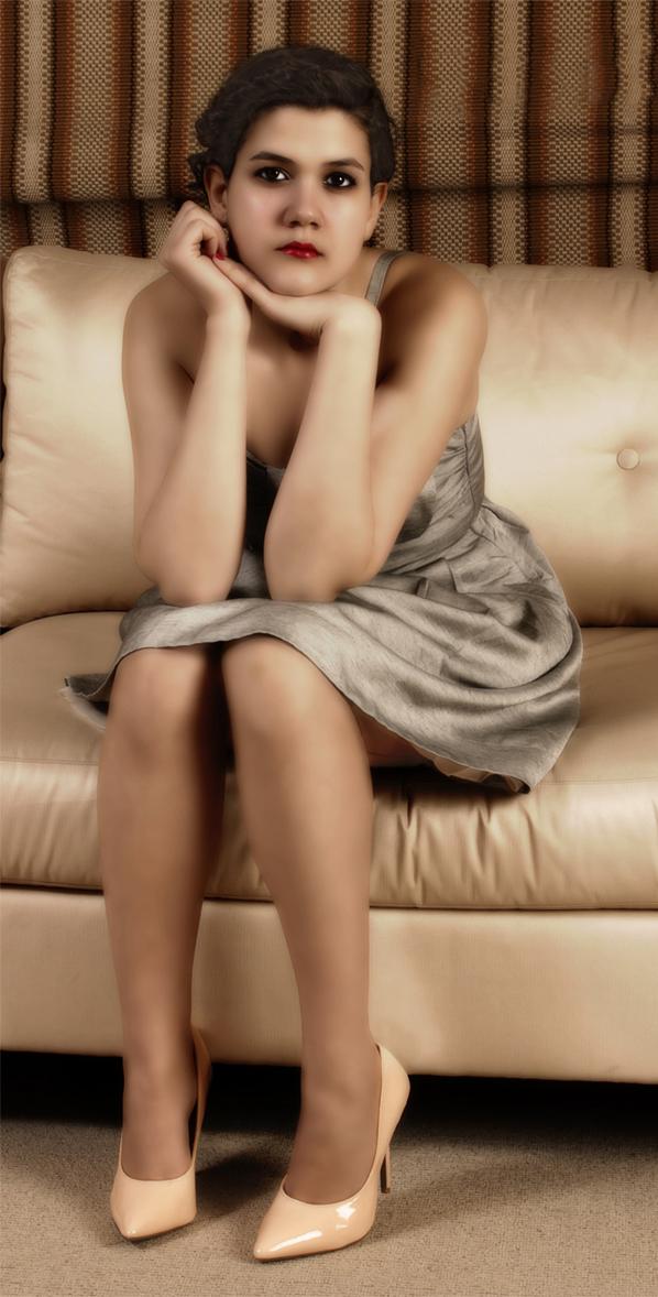 Female model photo shoot of Rachel Aurora by Damsel Noir