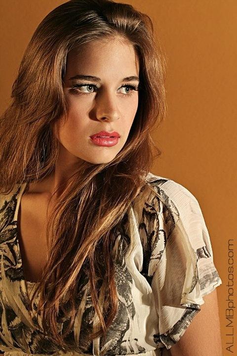 Female model photo shoot of j e s s b