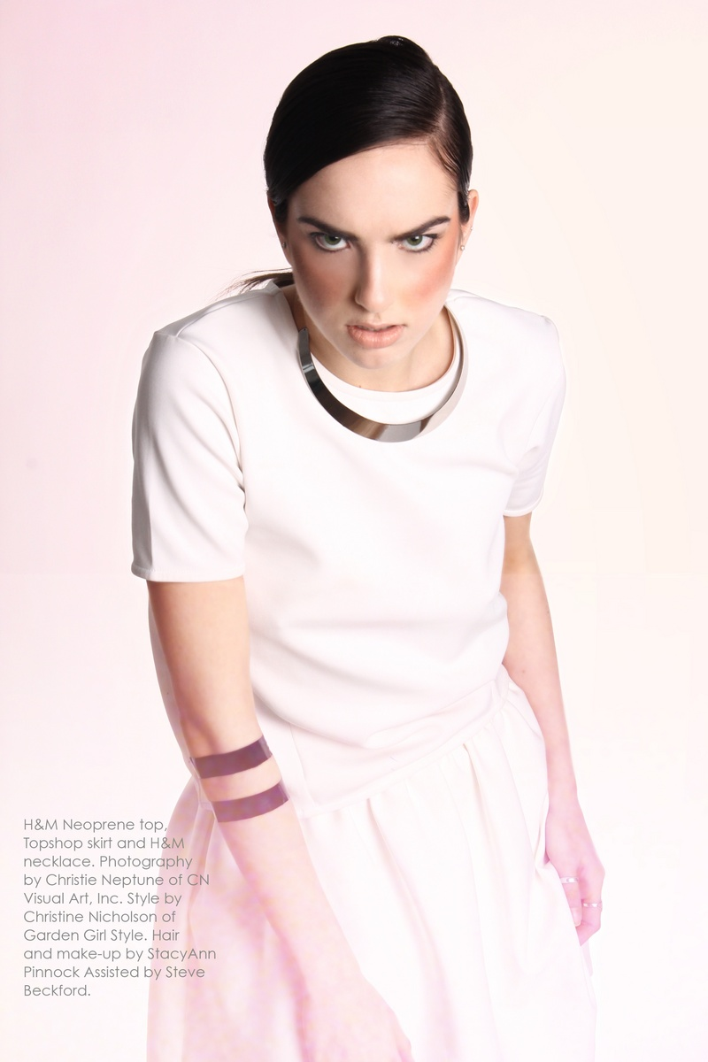 Female model photo shoot of Stylisthair