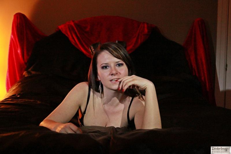 Female model photo shoot of PaigeNicole77