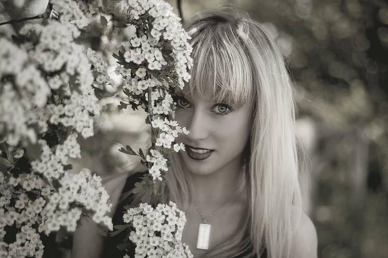 Female model photo shoot of Alexandria Clarke by Ioana Photography in Wootton Wawen