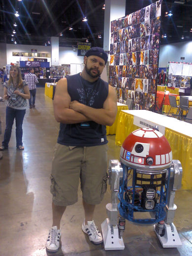 Jun 08, 2013 Just a pic of me, getting my nerd on. :D This little guy came up to my Artist Alley table during the setup for Denver Comic Con, so I got a pic with him. Nekked Droid! LOL