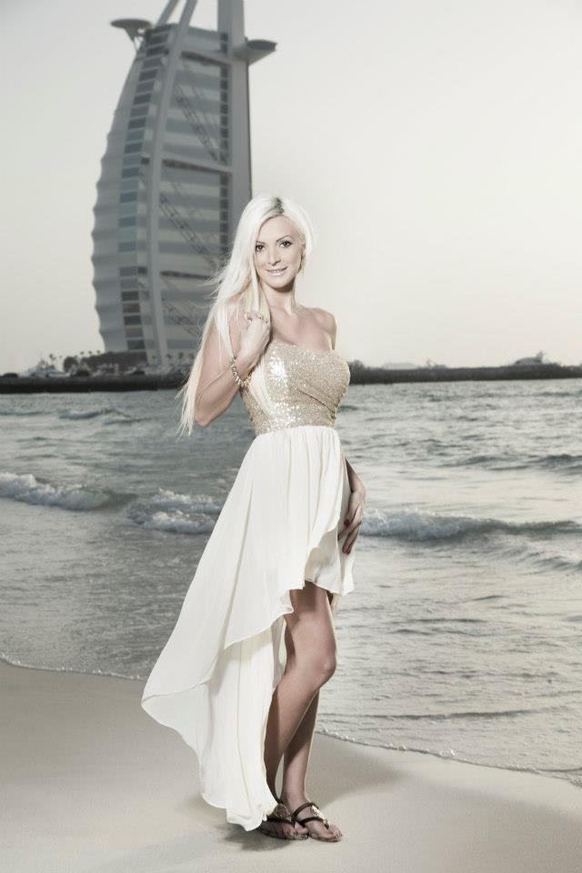 Female model photo shoot of Denise Ayverdi in dubai