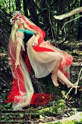 http://photos.modelmayhem.com/photos/130610/20/51b69386d1b5b_m.jpg