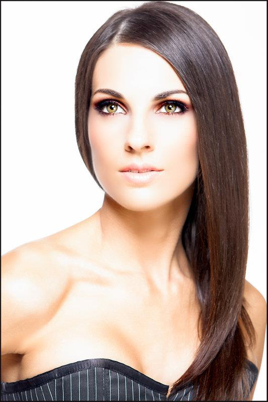 Jun 13, 2013 Sarah Cayson Glamour Headshot