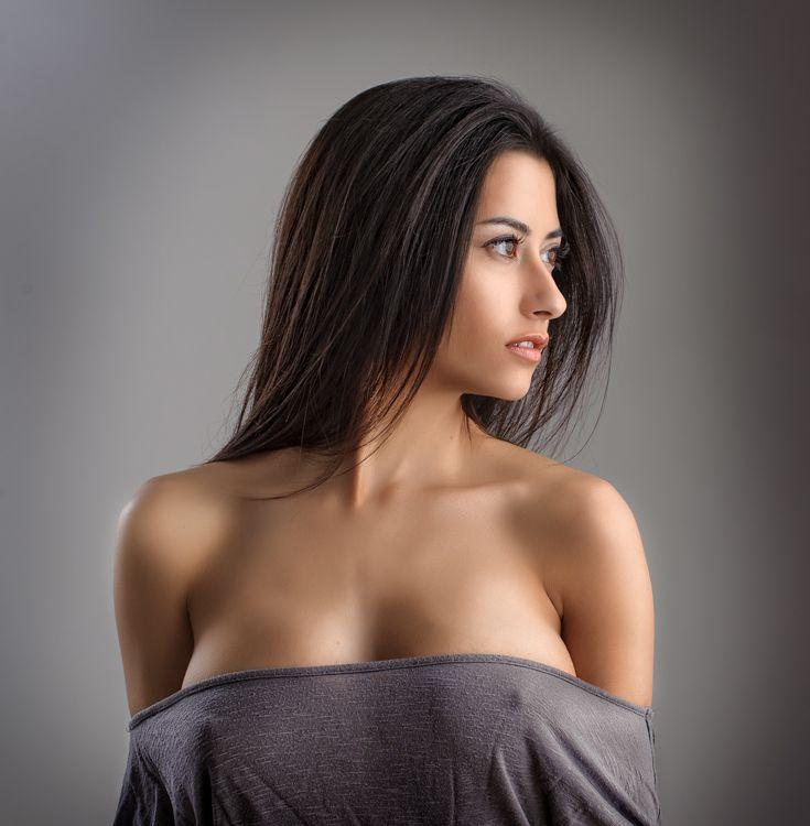 http://photos.modelmayhem.com/photos/130614/01/51bad73c2bdfb.jpg