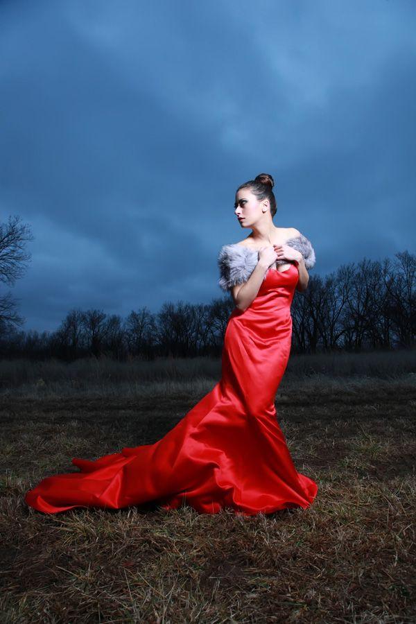 http://photos.modelmayhem.com/photos/130614/08/51bb3a636f8a7.jpg