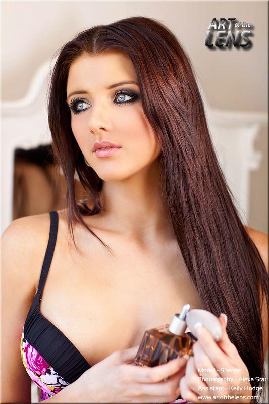 Female model photo shoot of Shenae Gillespie