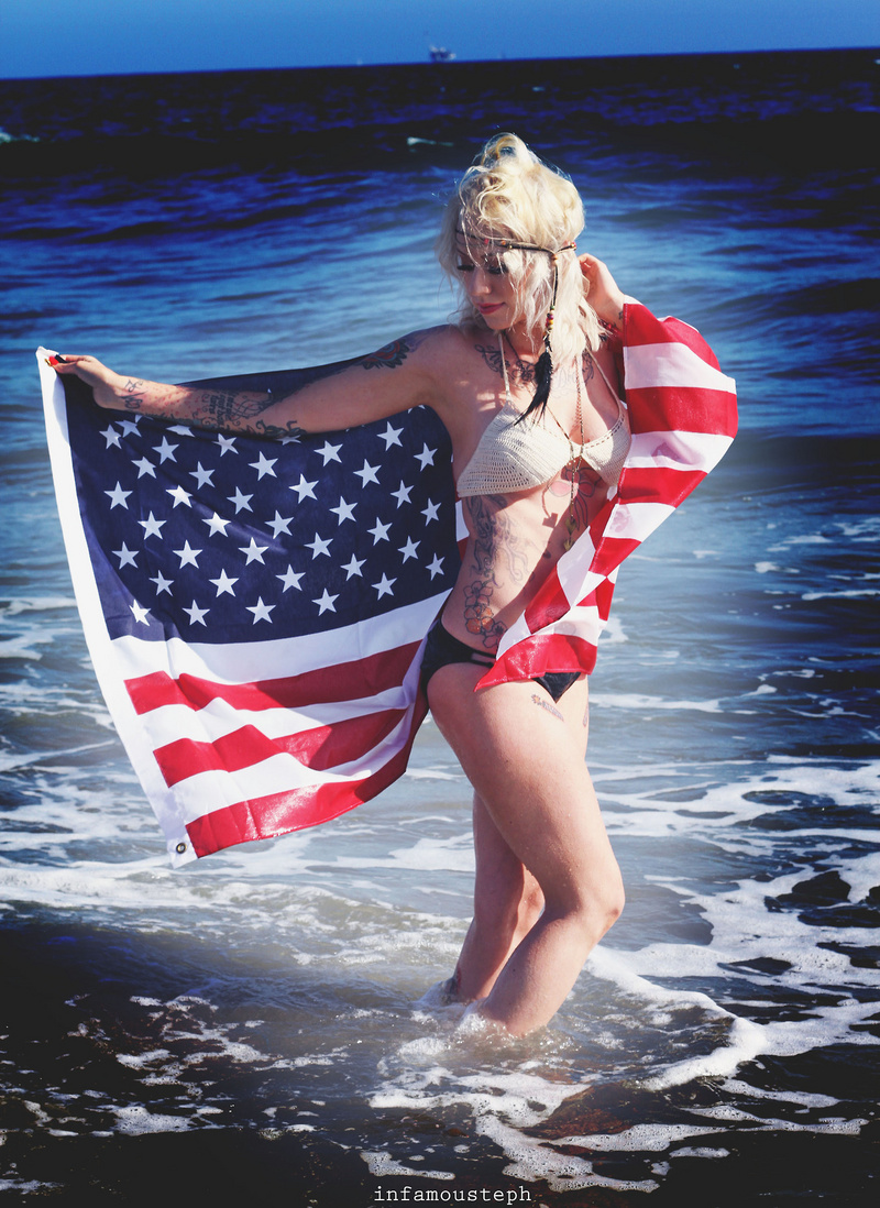 Female model photo shoot of Jules Mariee in Seal Beach, Ca