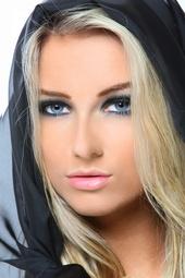 http://photos.modelmayhem.com/photos/130628/13/51cdf0baa0838_m.jpg
