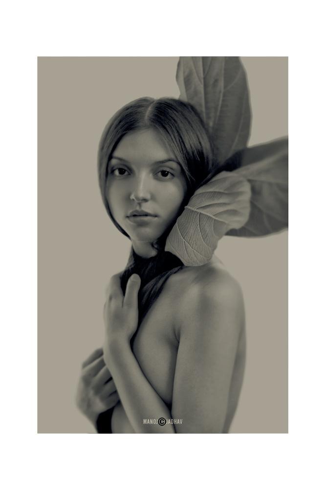 Female model photo shoot of Katarzyna_Levshova in India, Mumbai