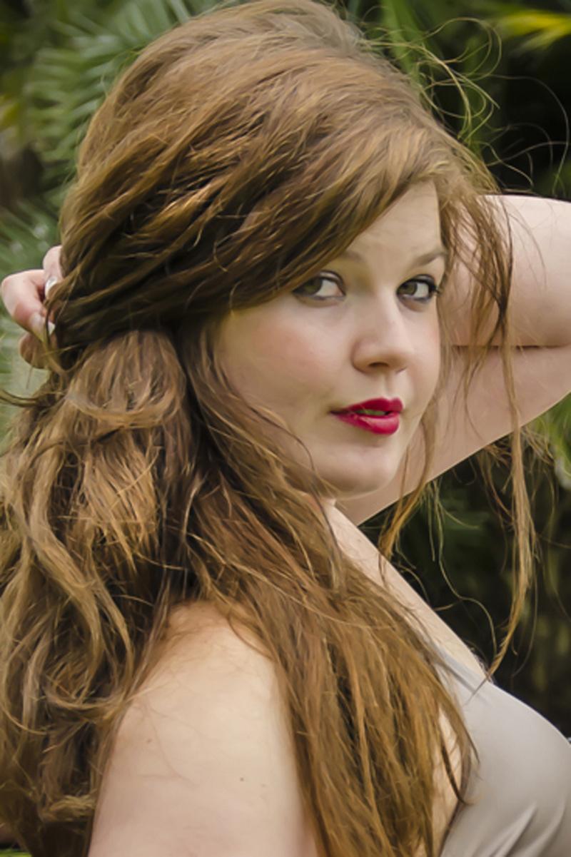 Female model photo shoot of Bianca Howard