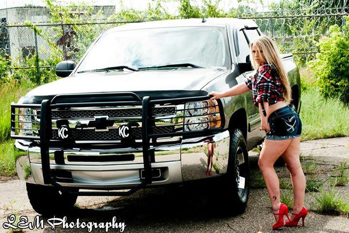 Female model photo shoot of Lexxi Decay by LEM Photography
