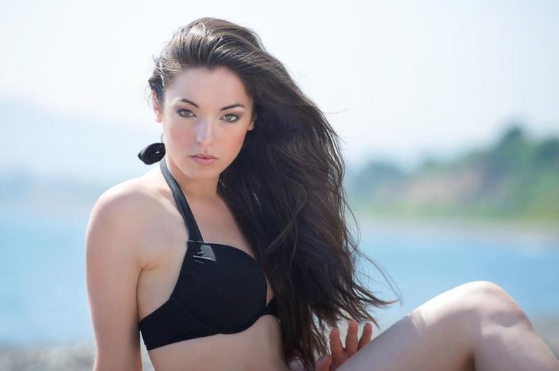 Female model photo shoot of Karina Zujewska in Killiney Beach