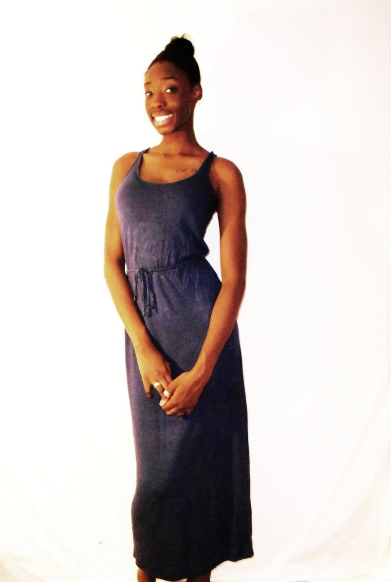 Female model photo shoot of Nadia Boateng