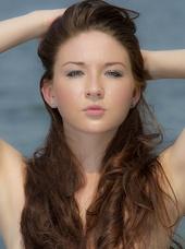 http://photos.modelmayhem.com/photos/130721/06/51ebdf6773e9f_m.jpg