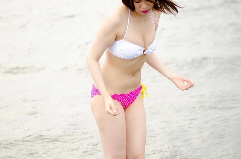 http://photos.modelmayhem.com/photos/130725/08/51f14459f31aa.jpg