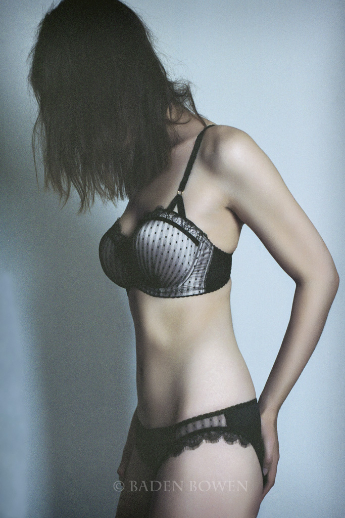 http://photos.modelmayhem.com/photos/130729/15/51f6eae15cf26.jpg