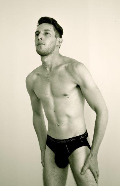 Male model photo shoot of Jensen Pedro, art by Starrfish