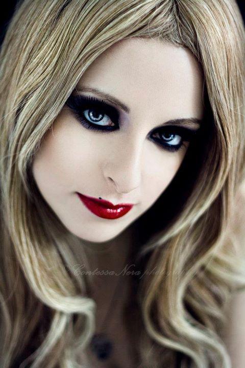Female model photo shoot of A LAD INSANE
