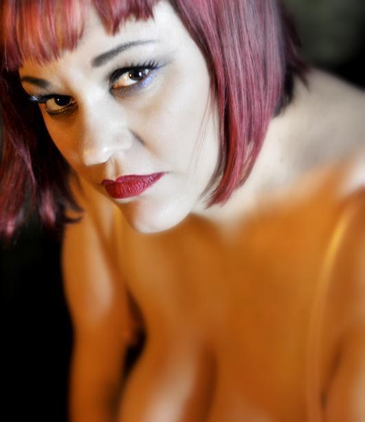 Female model photo shoot of BellaKurves
