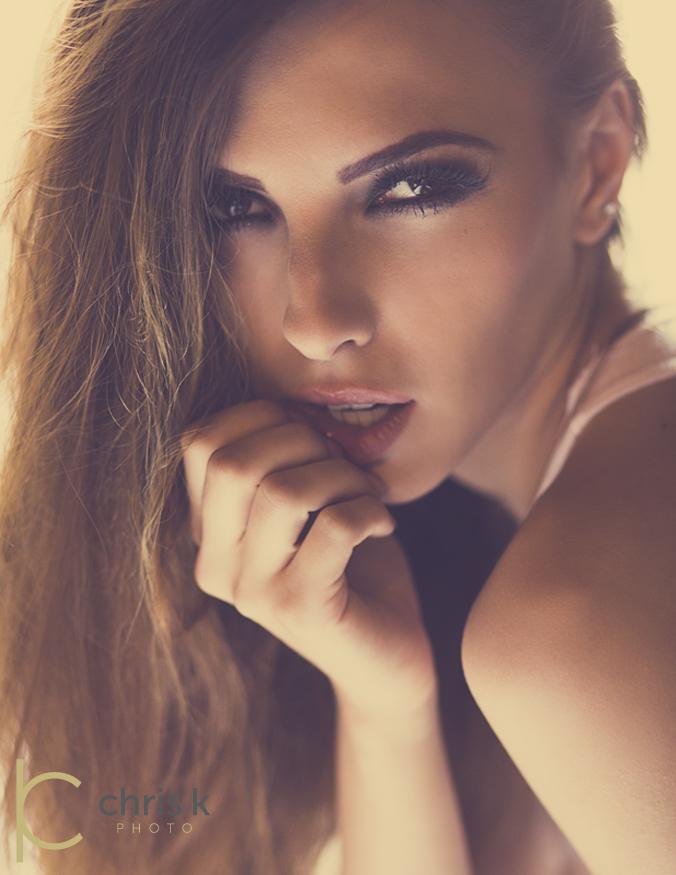 http://photos.modelmayhem.com/photos/130803/14/51fd767c35baa.jpg