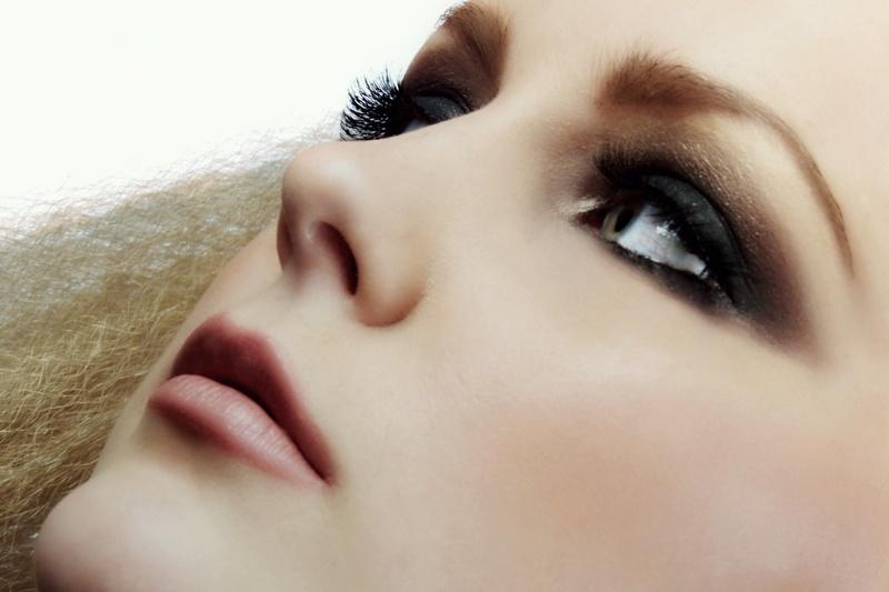 Female model photo shoot of amanda c MUA