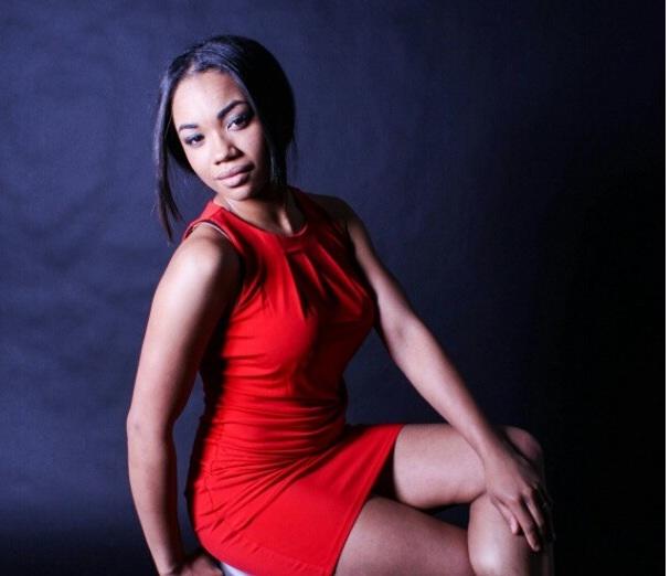 Female model photo shoot of Jazsmine