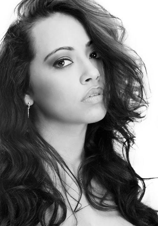Female model photo shoot of Amanda Linn photography
