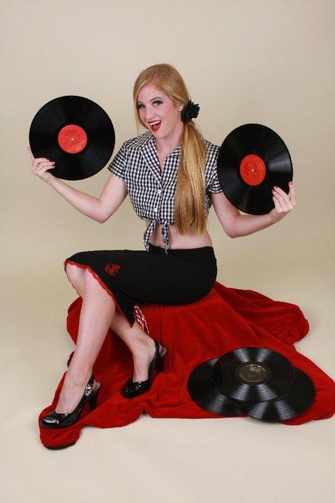 Female model photo shoot of Rosy Rumble